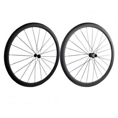 roue carbone pneu patin