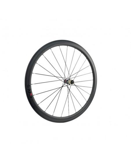 roue vélo de route carbone