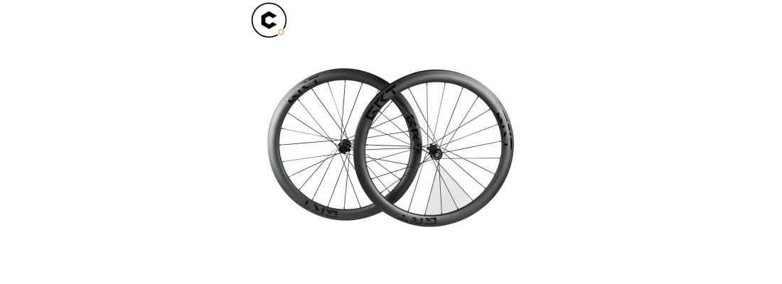 Roues carbone vélo de route et vtt + accessoires